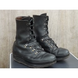 Genuine Surplus Swiss Army Boots Black Leather Strong Tough Combat Assault