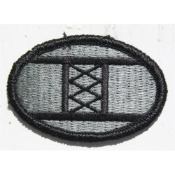 Genuine Surplus US Military Embroidered Cloth Badge Patch Badges Hook Loop (035)