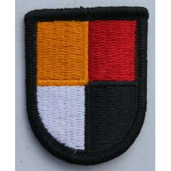 Genuine Surplus US Military Embroidered Cloth Badge Patch Badges Sew On (063)