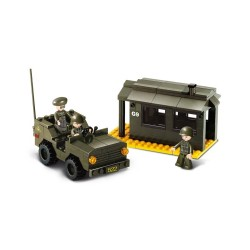 Sluban Army Outpost and Jeep Military Bricks B6100